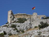 Idée de Sortie Aureille Les ruines du Castellas