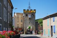 Idée de Sortie Montéléger La Porte fortifiée