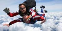 Idée de Sortie Neuville lès This Saut en parachute