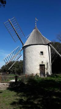 Evenement Nîmes Balade insolite - A la découverte du gouffre des Espélugues et moulin à vent