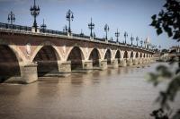 Balade à roulettes  Les deux ponts de Bordeaux Bordeaux