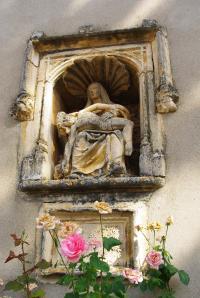 Idée de Sortie Viré Niche abritant une Pietà