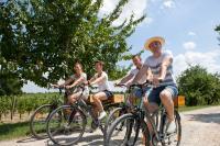 Evenement Saint Genès de Lombaud Visiter les Châteaux à vélo.