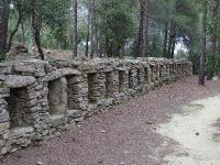 Idée de Sortie Cornillon Confoux Topo 13 : Massif de Lunard, Pont de Rhaud, Cornillon-Confoux - Sentier du Mur des Abeilles