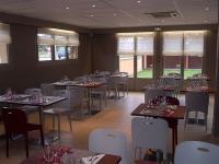 Hotel Restaurant CAMPANILE Croth