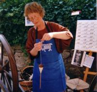 Idée de Sortie Sauclières Stage de filage de laine au fuseau et aux rouets