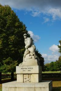 Idée de Sortie Ballay Monument des 21ème et 22ème Régiments de Chasseurs Tchécoslovaques