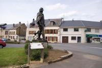Idée de Sortie Saint Menges Statue du Général Margueritte