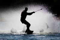 Idée de Sortie Caurel Lac de guerlédan Ski nautique - Wakeboard - Bouée tractée