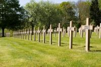 Idée de Sortie Saint Menges Necropole Nationale 1939-1945 de Floing