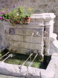 Idée de Sortie Eyguières Fontaine Trinquetaille