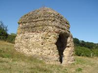 Idée de Sortie Lignières Tour de Grisset, cella d'un temple gallo-romain