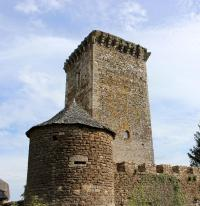 Idée de Sortie Cruéjouls Château de Tholet