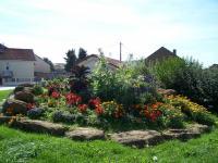 Idée de Sortie Les Ayvelles LUMES, Village Fleuri 1 Fleur