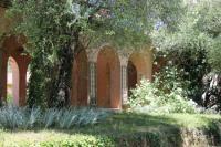 Evenement Séranon Découvrez le Couloubrier, son conservatoire de roses Nabonnand, son jardin de Russel Page...