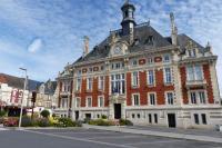Idée de Sortie Tagnon Hôtel de Ville de Rethel