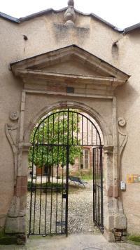 Idée de Sortie Onet le Château Hôtel de France