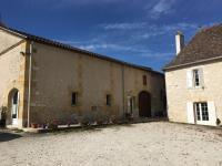 Idée de Sortie Saint Nexans EARL Lavergne Château Tour de Grangemont