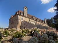 Idée de Sortie Saint Bonnet de Joux Ecuries du château de Chaumont en Charolais