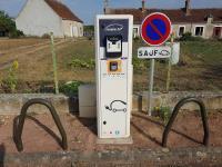 Idée de Sortie Saugy Borne de charge électrique pour voiture et vélo