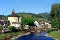 Idée de Sortie Sainte Eulalie d'Olt Ste Eulalie d'Olt, village classé parmi les Plus Beaux Villages de France en Aveyron