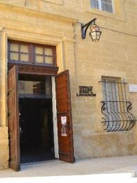 Idée de Sortie Salon de Provence Espace culturel Robert de Lamanon