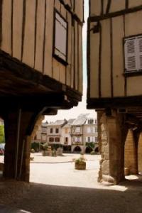 Idée de Sortie Gramond Bastide royale de Sauveterre de Rouergue l'un des plus beaux villages de France