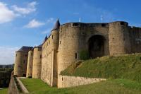 Idée de Sortie Givonne Ardenn All Access - Randonnée des 2 châteaux