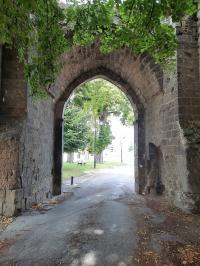 Idée de Sortie Venizel Visite guidée du quartier Saint-Médard et des vestiges de l'église