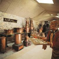 Idée de Sortie Lachapelle Auzac Musée de la Vieille Prune - Distillerie Louis Roque