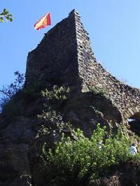 Idée de Sortie La Salvetat Peyralès Vestiges du château de Peyroles