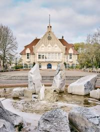 Idée de Sortie Achery Visite guidée : La Mairie de Fargniers et la place Carnégie