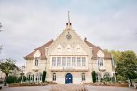 Idée de Sortie Vendeuil Visite guidée : la Mairie de Fargniers et la place Carnegie