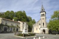 Idée de Sortie Javerlhac et la Chapelle Saint Robert Eglise Saint-Pierre-ès-Liens de Teyjat