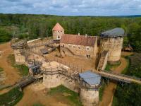 Idée de Sortie Saint Amand en Puisaye Guédelon, nous bâtissons un château fort