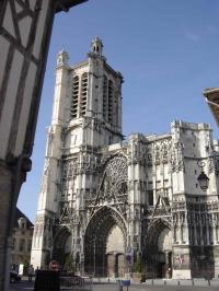 Idée de Sortie Troyes Cathédrale Saint-Pierre Saint-Paul