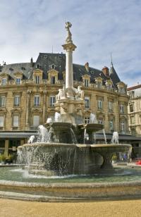 Idée de Sortie Drôme La Fontaine Monumentale