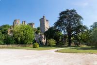 Parc et vestiges du Chateau de Vendome Les Roches l´évêque