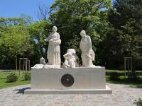 Idée de Sortie Meuse MONUMENT EN HONNEUR AUX FEMMES DU MONDE RURAL PENDANT LES DEUX GUERRES MONDIALES