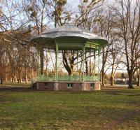 Idée de Sortie Abrest Kiosque du Parc des Bourins