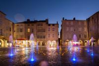 Idée de Sortie Toulonjac Place Notre-Dame - Fontaine et carillon