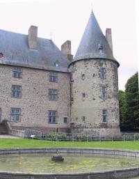 Idée de Sortie Auvergne Château de Villeneuve-Lembron