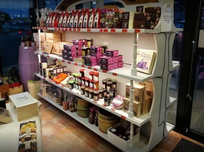 La boutique des Pruneaux-Credit-boutique-des-pruneauxBy-NC-ND-4-0
