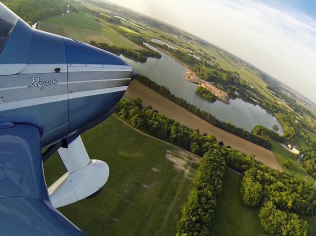 Aérodrome Blois-Le Breuil-Credit-CG41-Acharron--logo-tourisme-de-nature-sites-et-itineraires-chemin-forestier-fr-Conseil-Departemental-41