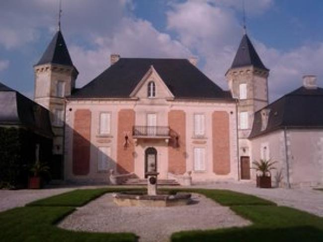 Château Picon-Credit