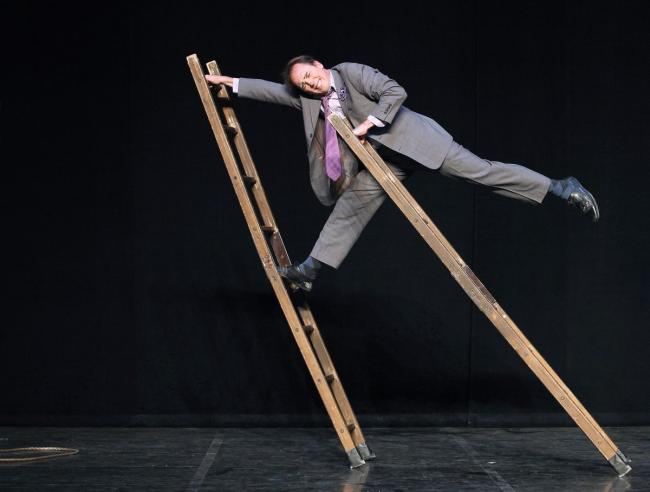 Jamie Adkins « Circus incognitus »-Credit-PatrickBERGER-ARTCOMART--copy-Amanda-RUSSEL-copy-PatrickBERGER-ARTCOMART