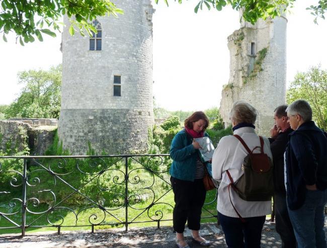 Visites Guidées de Mehun-sur-Yèvre : ville, monuments et manufacture de porcelaine Pillivuyt-Credit-OTMehun-visitemehun-fr-OTMehun-visitevillemehun-fr-OTMehun