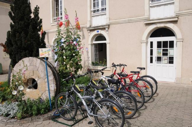 Location de vélos au Moulin-Credit-OTSI-MEZIERES