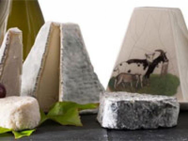 La Maison du Fromage et des produits locaux-Credit-B-Chabrol-photo-destination-Brenne-fr-Maison-du-fromage-Maison-du-fromage-et-des-produits-locaux-fr-Maison-du-fromage