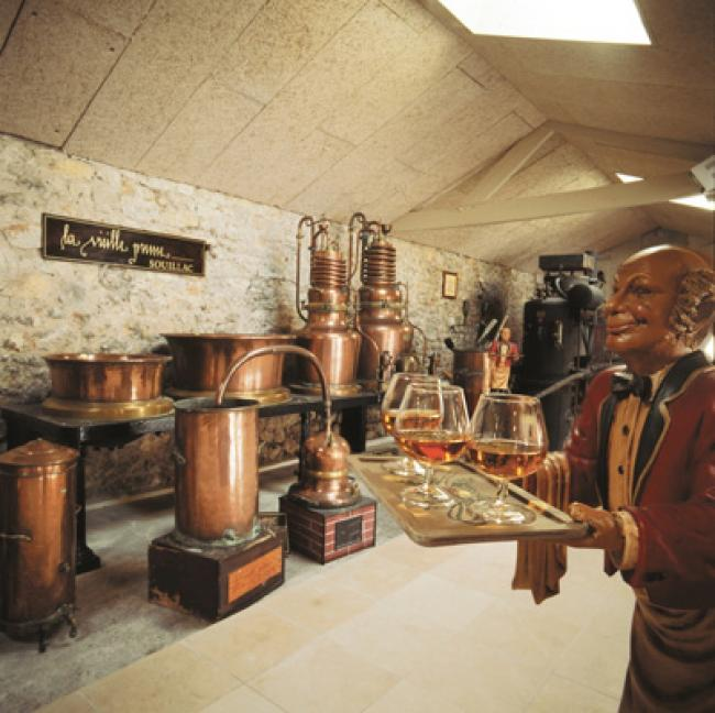 Distillerie Louis Roque-Credit-Musee-de-la-Vieille-Prune